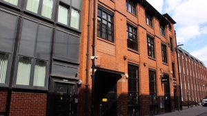 32 Millstone Lane Leicester